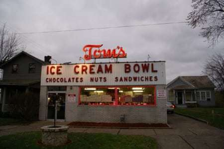 toms-ice-cream-bowl-zanesville-oh-rick-sebak-retro-roadmap