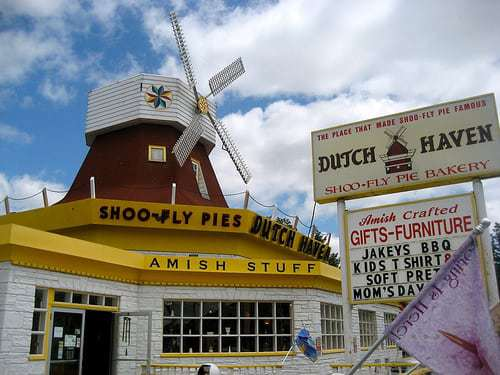 Dutch Haven Lancaster County PA - Amish Stuff Shoofly Pie and Moving Windmill!