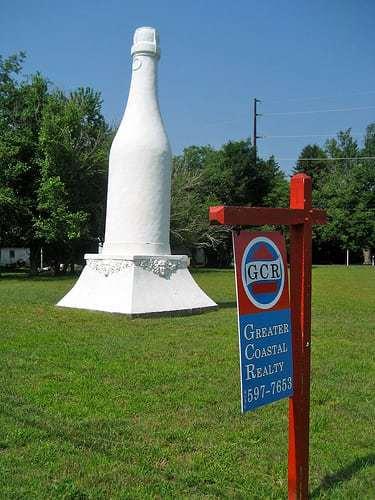 Giant Roadside Wine Bottle - For Sale! New Gretna NJ