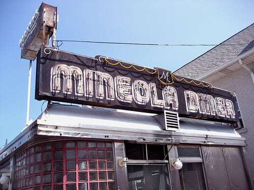 Mineola Diner - Long Island NY Retro Road Photos - Diners, Neon, Luncheonettes and More