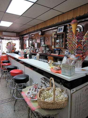 Dunmore Candy Kitchen Dunmore, PA - A NEPA Classic Since 1904