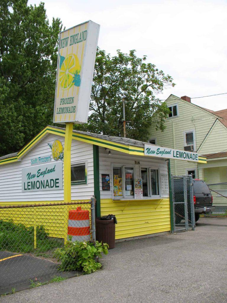 New England Frozen Lemonade - a Quahog.org Rhode Island Contribution