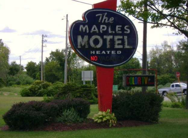 The Maples Motel -  A Retro Roadmap Reader Recommendation!