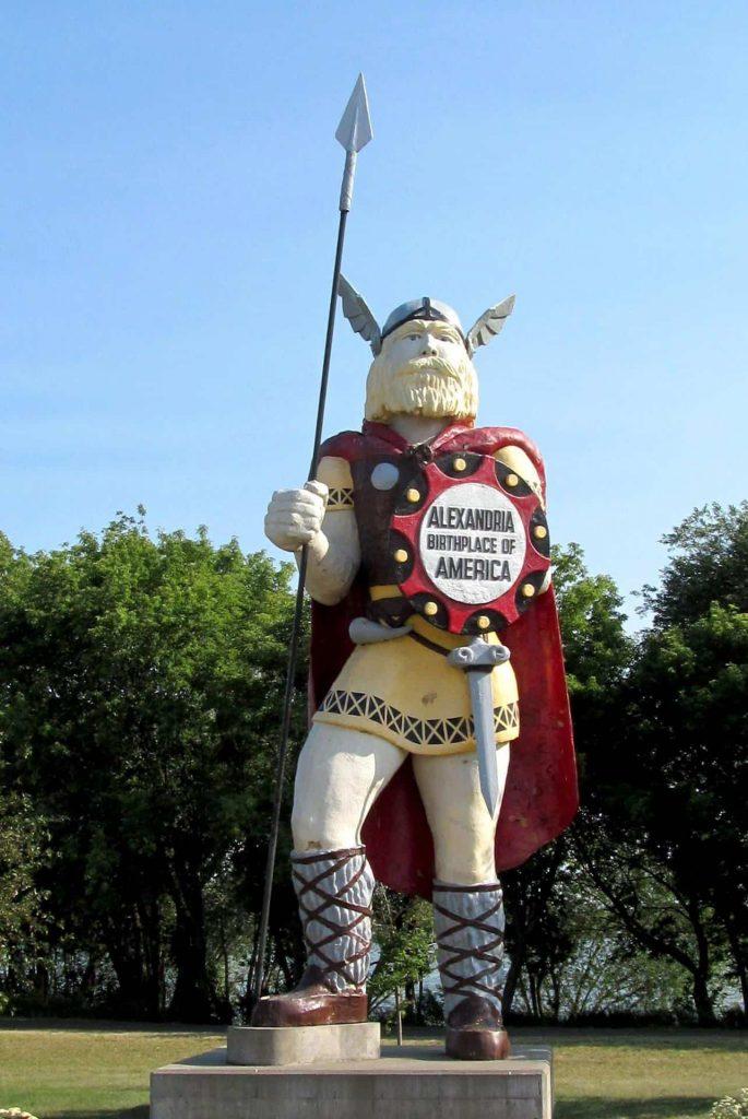 Big Ole - a Big Ol' Viking Statue - A Retro Roadmap Reader Recommendation