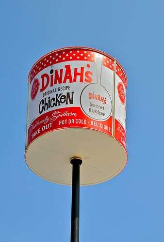 Dinah's - 3 Retro Roadmap Worthy Restaurants Near LAX!