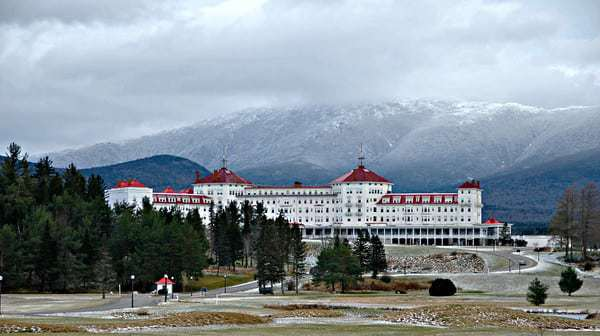 The Grand Mt. Washington Hotel - Retro Roadmap Repost from The Distracted Wanderer