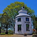 Salvador's Ice Cream – in a Giant Milk Can!