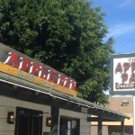 A Trip Back in Time to 1940s Los Angeles – The Apple Pan Burger Joint