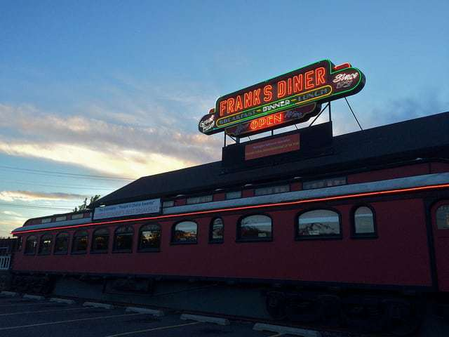 frank s diner spokane wa an authentic railroad car for realz retro roadmap. Black Bedroom Furniture Sets. Home Design Ideas